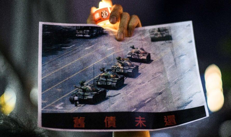 La célèbre photo de «Tank Man» disparaît du moteur de recherche Bing