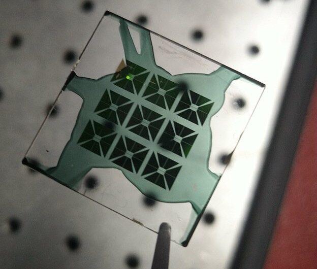 Un nouveau modulateur spatial de lumière marie les domaines optique et électronique
